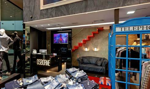 Loja Osborne: Locais de eventos  por Kubbo Arquitetos