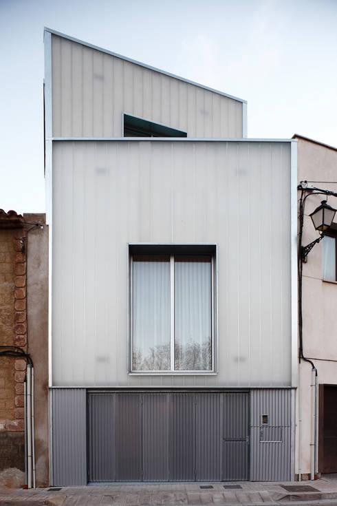 Exterior: Casas de estilo clásico de RUE