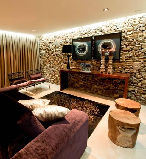 rustic Living room by PAULA NOVAIS ARQUITECTOS E DESIGN