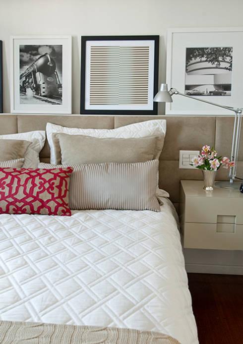 Apartamento Itaim: Quarto  por Marcella Loeb