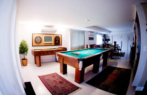 Sala de Jogos: Salas de estar modernas por INOVA Arquitetura