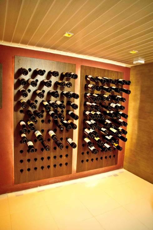 Projekty,  Piwnica win zaprojektowane przez INOVA Arquitetura