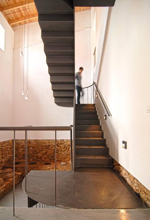 Rehabilitaci n de una casa en jabugo de cm4 arquitectos - Cm4 arquitectos ...