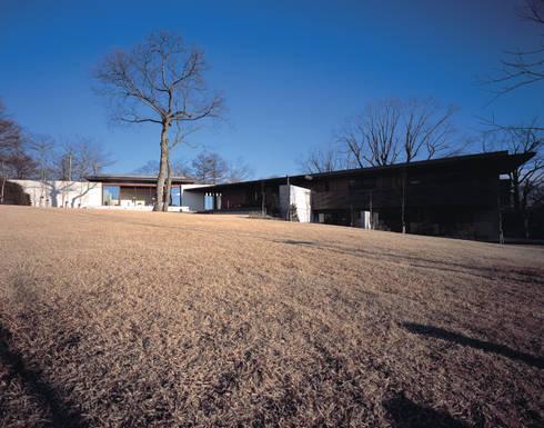 Mountain Villa: アシハラヒロコデザイン事務所が手掛けた家です。