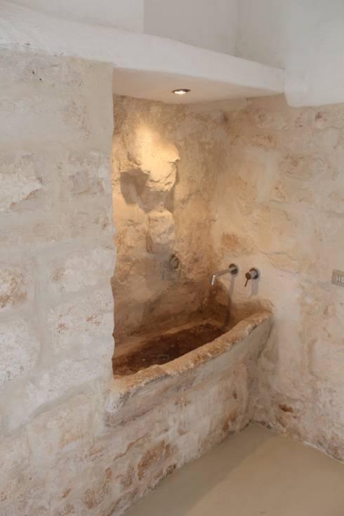 country Bathroom by Antonio D'aprile Architetto
