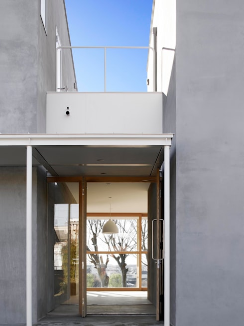 SHR house: sun tan architects studioが手掛けた窓です。