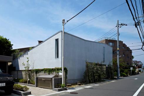 南側からの外観: 工藤宏仁建築設計事務所が手掛けた家です。