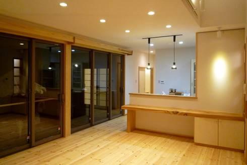 ダイニング: 石井設計事務所/Ishii Design Office が手掛けたダイニングです。