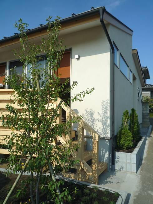 ウッドデッキ: 石井設計事務所/Ishii Design Office が手掛けた家です。