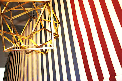 Cubing, suspended light sculpture:  in stile  di Francesco Della Femina