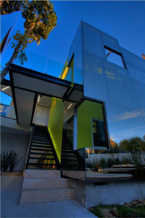 Projekty,  Domy zaprojektowane przez Craft Arquitectos