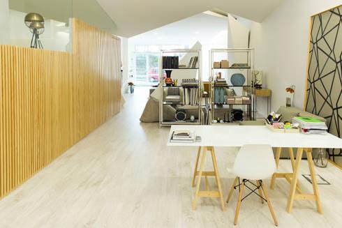Dicotomia do Instável: Lojas e espaços comerciais  por Office of Feeling Architecture, Lda