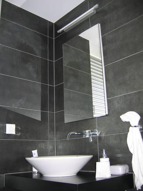 EFH Steinbreite, Ehrendingen, 2009:  Badezimmer von 5 Architekten AG