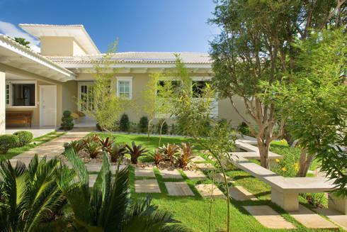 Residência II Interior Minas Gerais: Jardins modernos por CP Paisagismo