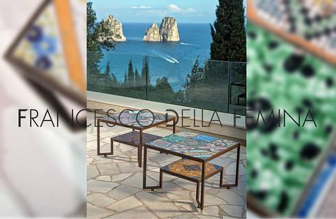 Spider Tiles Table: Soggiorno in stile in stile Mediterraneo di Francesco Della Femina