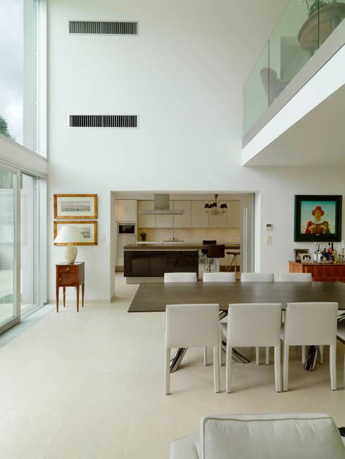 Projekty,  Jadalnia zaprojektowane przez Moser Architects