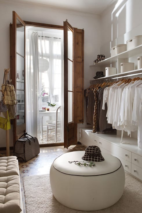 eclectic Dressing room by Deu i Deu