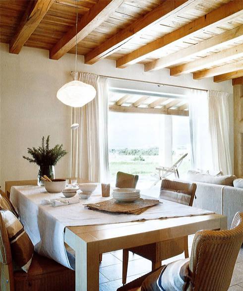 Casa Porto Saler. Formentera. 2000: Comedores de estilo rústico de Deu i Deu