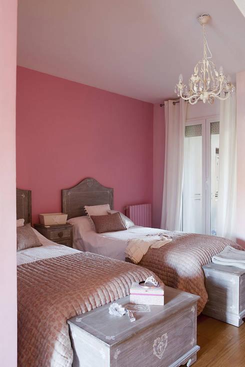 Camera da letto in stile in stile Eclettico di Deu i Deu
