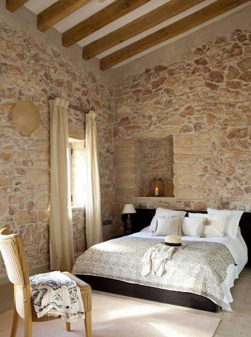 rustic Bedroom by Deu i Deu