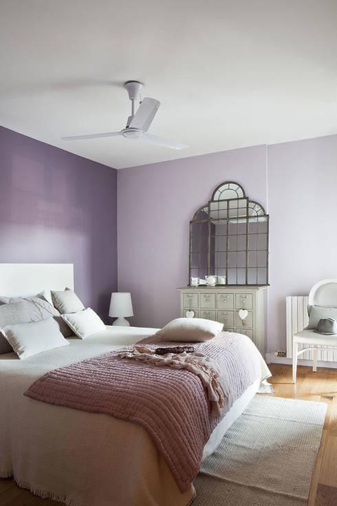 Ático en Sant Cugat. 2011: Dormitorios de estilo ecléctico de Deu i Deu