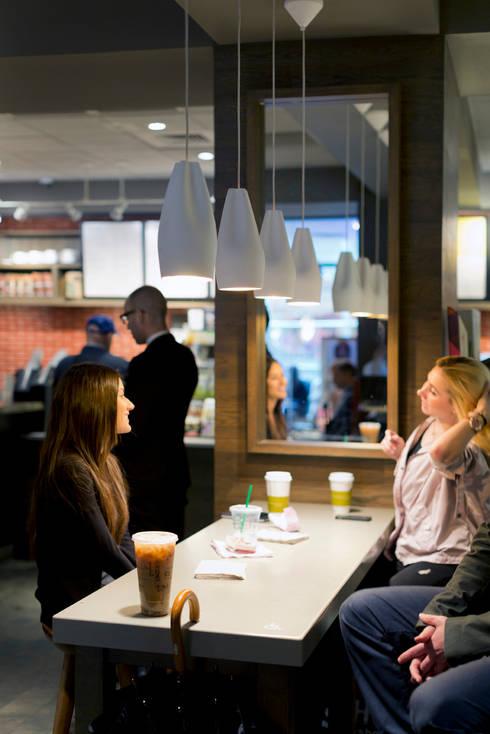 Lámparas Pleat Box en Starbucks: Bares y Clubs de estilo  de Marset