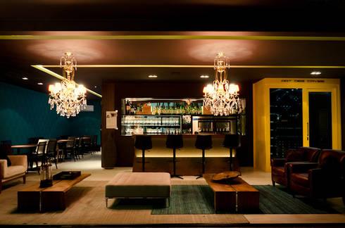 Casa Cor 2014: Bares e clubes  por CARMELLO ARQUITETURA