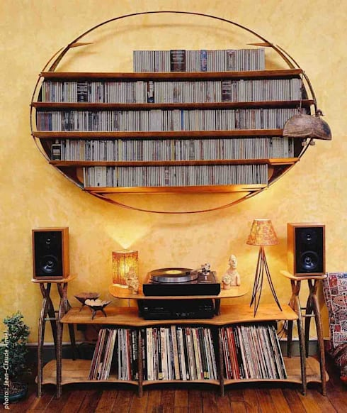 Audiothèque CD et disques Vinyle - vue d'ensemble: Salon de style de style Tropical par Jean Zündel meubles rares