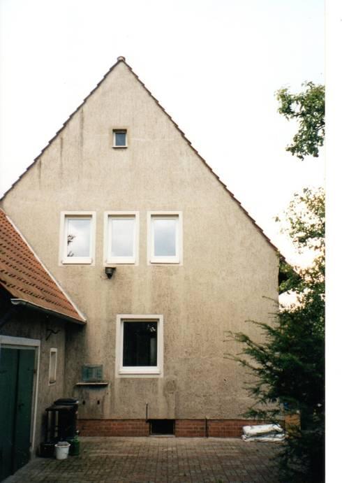 Ostfassade vorher:   von Architekturbüro Heike Krampitz