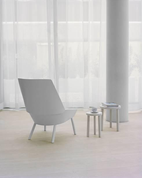 Sessel EUGENE:  Wohnzimmer von e15