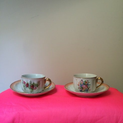 Juegos de té y café.: Cocina de estilo  de Meublé