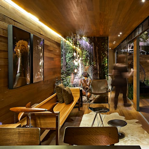 Pocket House: Salas de estar rústicas por Cristina Menezes Arquitetura