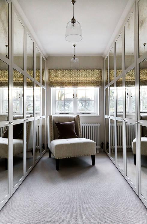 modern Dressing room by Studio Duggan