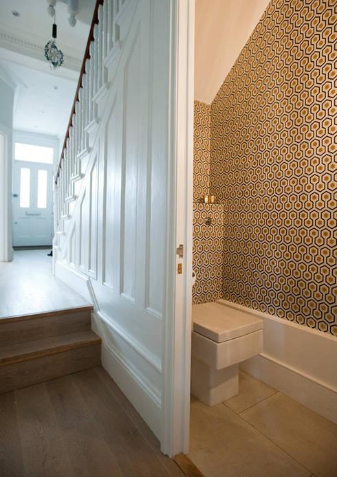 Clapham, SW4:  Bathroom by Build Team