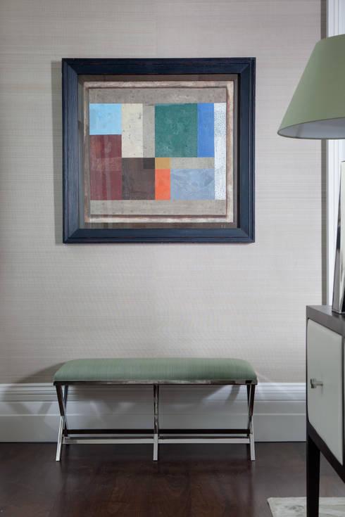Living/Family Room :  Living room by Studio Duggan
