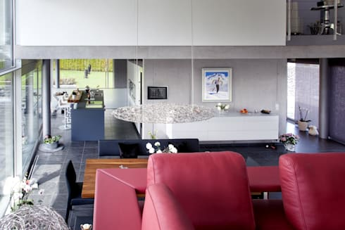 haus stahl von gira giersiepen gmbh co kg homify. Black Bedroom Furniture Sets. Home Design Ideas