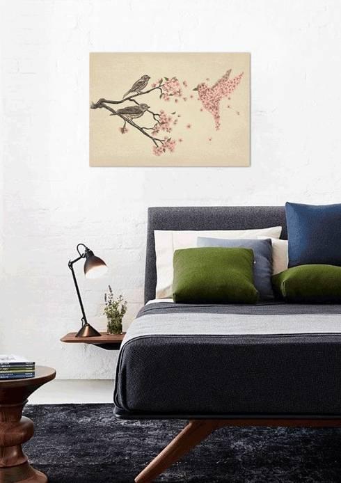 Dormitorios de estilo  por JUNIQE