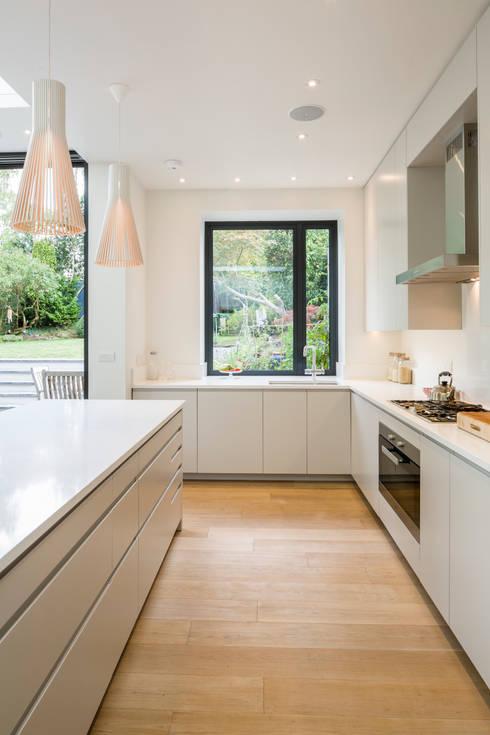 Muswell Hill House 1, London N10: modern Kitchen by Jones Associates  Architects