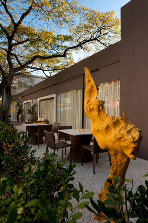 CasaCor Trio | 2010: Jardins minimalistas por Folha Paisagismo
