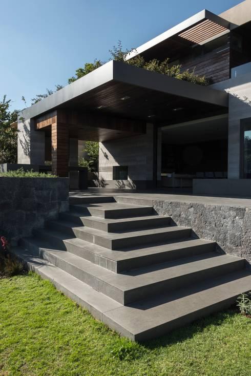 Casas de estilo  por Gantous Arquitectos