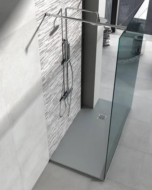 Serie Colors Granito: Baños de estilo moderno de BATH