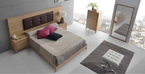 OPTIMUM : Dormitorios de estilo escandinavo de Muebles Nogal Yecla, S.L.