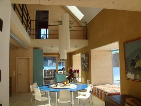Architekturbüro Reinberg ZT GmbH 의 Haus im Haus - Revitalisierung eines alten ...