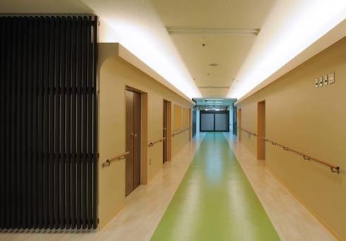 草津の特別擁護老人ホーム: 加藤淳一建築設計事務所/JUNICHI KATO & ASSOCIATESが手掛けたです。