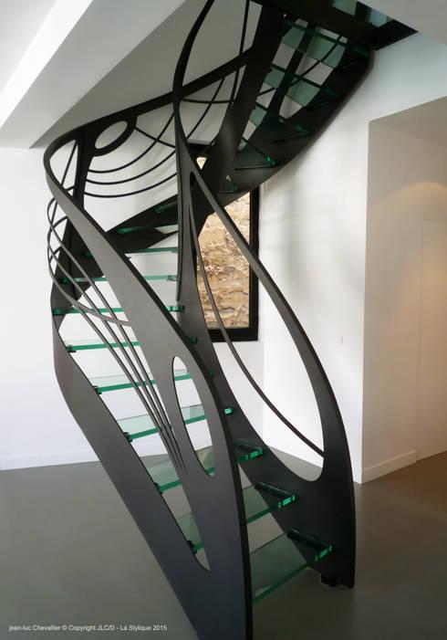 escalier design d billard art nouveau en verre par la. Black Bedroom Furniture Sets. Home Design Ideas