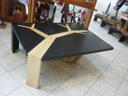 Mesa de Centro: Salas de estilo rústico por Cenquizqui