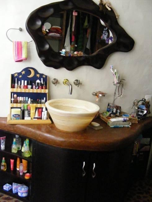 Baño de Recamara Superior: Baños de estilo  por Cenquizqui
