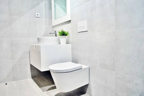 Estrela da Barra VIII: Casas de banho modernas por Imoproperty - Real Estate & Business Consulting