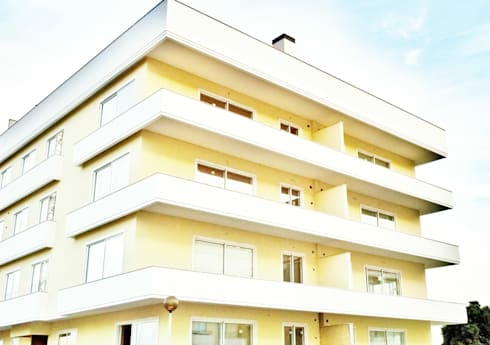 Estrela da Barra VIII: Casas modernas por Imoproperty - Real Estate & Business Consulting