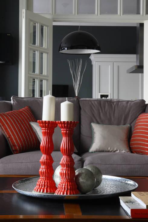 Sala de estar  por I-projectdesign